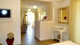 gallery anassa suites naxos reception